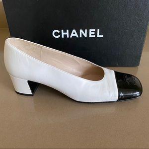 Chanel Classic Low Pumps